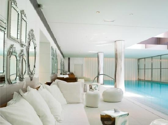 a luxe clarins day spa could be headed for australia bondi beauty. Black Bedroom Furniture Sets. Home Design Ideas